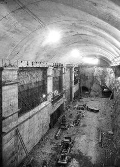 Daniel's European Food, Wine & History Tours: - The Subterranean Installation in the Harbour of Mers-el-Kebir