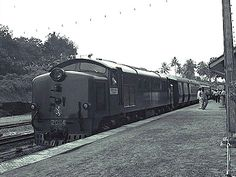 Good Morning Yesterday: 1960s Singapore – The Railway (by Tim Light)