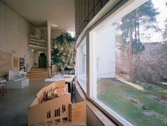 Design Guide: Alvar Aalto's Helsinki Philip Johnson, Richard Neutra, Alvar Aalto, Casa Farnsworth, Helsinki, Architecture Details, Scandinavian Design, Houzz, Interior And Exterior