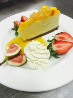 Mango Cheesecake. http://www.acrossthewaves.com/?p=dining