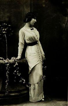 Les Modes (Paris) 1912 Robe d'apres-midi par J. Dukes