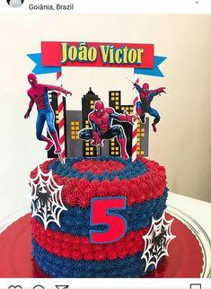 Trendy cake decorating ideas for men cupcake toppers Ideas - Cake Decorating Square Ideen Spiderman Cake Topper, Spiderman Birthday Cake, Batman Cakes, Tortas Deli, Bolo Super Man, Best Cake Mix, Cupcakes For Men, Chocolate Raspberry Cheesecake, Cake Recipes For Kids