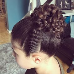 Beautiful Isabella ready for her gymnastics comp before xmas Braided Ponytail Hairstyles, Easy Hairstyles For Medium Hair, Sleek Ponytail, Little Girl Hairstyles, Stylish Hairstyles, School Hairstyles, Updo Hairstyle, Everyday Hairstyles, Hairstyle Ideas