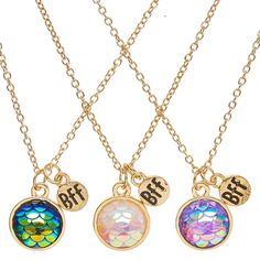 "<!-- mp_trans_remove_start=""FR"" --><P>Mermaids make everything better especially friendship. Bring a matching mystical touch to your style with this set of best friends necklaces. The thin gold chains are adorned with small round pendants featuring an iridescent mermaid scale design. - <UL> - <LI>Set of 3 - <LI>Gold-tone finish - <LI>Chain: 19""L - <LI>Lobster clasp closure </LI></UL> <!-- mp_trans_remove_e..."