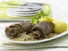 Die Rouladen mit Zucchinifüllung bringen eine gute Versorgung mit Zink; der Mineralstoff ist wichtig für Haut, Abwehr und wirkt entzündungshemmend.