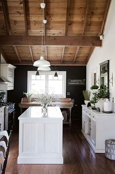 From inspired french country kitchens or cottage style kitchens? Here are 35 beautiful modern country kitchen designs for your home. Country Kitchen Designs, French Country Kitchens, French Country Style, Country Kitchen Lighting, Farmhouse Lighting, Country Homes, Modern Country, Country Living, French Provincial Kitchen
