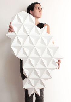 Kinga Kubowicz of KingKongDesignShop has created Moduuli, a collection of unique, modern and eye-catching geometric origami wall art. #ModernWallArt #GeometricWallArt #Origamii #Decor