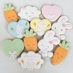 Tema páscoa para o 1º aninho da Maria Clara! #biscoitosdecorados #biscoitosartesanais #biscoitospersonalizados #cookiesdecorados…