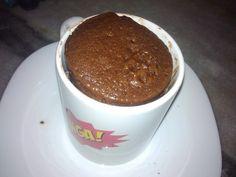 Bolo de chocolate de microondas - 3 minutos