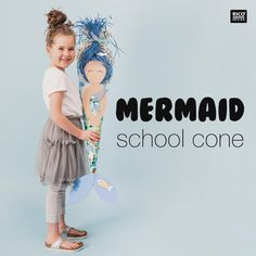 Meerjungfrau Schultüte basteln For all little mermaid fans who are going to school this year, this s Baby Diy Projects, Social Projects, Kindergarten Art Projects, Kindergarten Activities, Art Activities For Kids, Infant Activities, Mermaid School, School Videos, First Day Of School