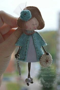 Items similar to Doll brooch on Etsy - Her Crochet Doll Crafts, Sewing Crafts, Felt Embroidery, Felt Patterns, Little Doll, Felt Fabric, Felt Diy, Fairy Dolls, Felt Dolls