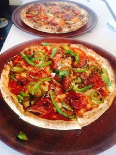 Yum and Yummer . haha, always fresh at Luigi's with only the freshest of ingredients. Double Trouble, Luigi, Vegetable Pizza, Foods, Fresh, Vegetables, Food Food, Food Items, Vegetable Recipes