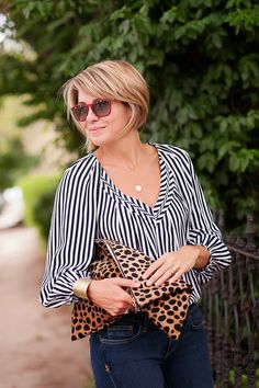 Seersucker and Saddles.a new find that I am greatly enjoying! Short Bob Hairstyles, Cute Hairstyles, Short Hair Cuts, Short Hair Styles, Fashion Over 40, Hair Today, Seersucker, Cut And Color, Hair Dos