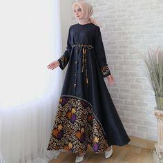 Party Gamis Models For Fat Women Batik Fashion, Modern Hijab Fashion, Islamic Fashion, Muslim Fashion, Fashion Muslimah, Style Fashion, Modest Dresses, Trendy Dresses, Fashion Dresses