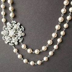 Victorian+Style+Bridal+Necklace+Pearl+Wedding+von+luxedeluxe
