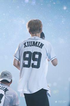 Xiumin - 160722 Exoplanet - The EXO'rDium in Seoul Credit: Frozen Road. Chanyeol Baekhyun, Kim Jong Dae, Exo Lockscreen, Xiuchen, Exo Korean, Kim Minseok, Exo Members, Chinese Boy, Kpop