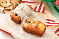The kids will love these tasty low-fat banana and blueberry breads.