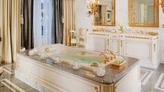 Presidential Suite Bathroom, Four Seasons Hotel George V, Paris