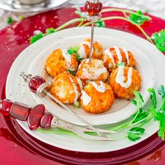Crockpot Buffalo Chicken Meatballs with Blue Cheese Dressing # salata de boeuf 21 Top Easy New Year's Eve Appetizers - Jo Cooks Slow Cooker Recipes, Crockpot Recipes, Cooking Recipes, Chicken Recipes, Nye Recipes, Slow Cooking, Healthy Chicken, Pork Recipes, Paleo Recipes