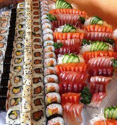 Make Sushi 1 (Posts tagged japanese) Sushi Party, Sushi Sushi, Sushi Rolls, Sushi Recipes, Seafood Recipes, Sushi Catering, Sushi Comida, My Favorite Food, Favorite Recipes