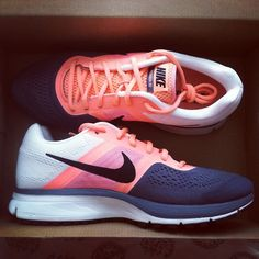 sport sneakers shoes nike gym pink blue