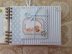 Heli Papeles ♥: Libro de bebe con papeles de Dayka niño Baby Scrapbook Pages, Photo Album Scrapbooking, Mini Scrapbook Albums, Scrapbook Cards, Diy Crafts For Girls, Diy And Crafts, Paper Crafts, Book Bebe, Baby Mini Album