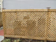 Crash your own yard - hide garbage cans/ air conditioning unit behind attractive lattice enclosure as and alternative to a shed or ugly PVC. Trash Can Storage Outdoor, Garbage Can Storage, Outdoor Trash Cans, Hot Tub Privacy, Privacy Screen Outdoor, Hide Ac Units, Hide Trash Cans, Porch Storage, Hot Tub Deck