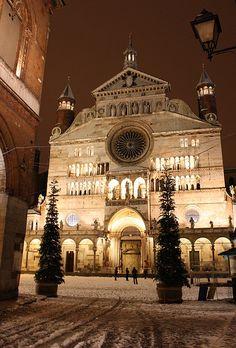 Cattedrale Innevata, Cremona, Lombardy