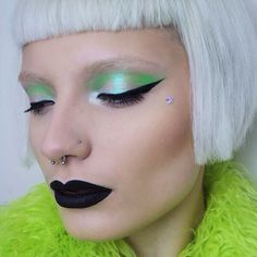 "2,289 Likes, 49 Comments - Penelope Gwen  (@pennold) on Instagram: ""Here's a wearable alien look for all you extra terrestrials in disguise  This look was really…"""