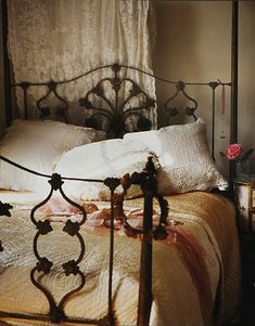 Great iron bed