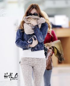 http://okpopgirls.rebzombie.com/wp-content/uploads/2012/11/SNSD-Tiffany-Gimpo-airport-fashion-nov-9-2.jpg