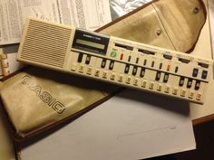 Casio... Il mio... VL-1 :) anno 1983.. 30 anni suonati!
