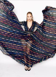 JLo^^Jennifer Lopez's Fall 2015 Blumarine rainbow sheer gown on American Idol. Jennifer Lopez Feet, Jennifer Lopez Photos, Billboard Music Awards, American Idol, Fashion Week, Star Fashion, Paris Couture, Sheer Gown, Latin Women