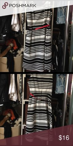Black and white striped dress Horizontal black and white dress , fitted on top, bottom with a little flare. Red belt included. Great for work or for going out. This dress is about 1 size to big for me. Merona Dresses