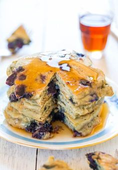 Dairy-Free+Soft+and+Fluffy+Blueberry+Pancakes+-+Healthier+pancakes+that+are+soft,+fluffy,+light+