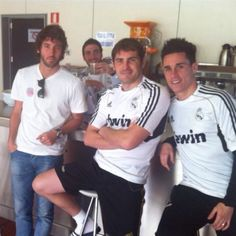 Pirata, Higuain , Iker, Callejon- Pirata is a hipster that's why he can't dress like everyone, he has to be one of a kind.