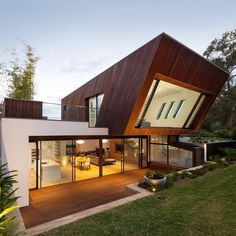 Castlecrag House by Greenbox Architecture