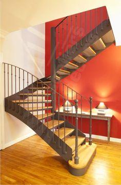 Escalier 2 quartiers tournant de style Bistrot métal et bois. DT78 - Modèle déposé - © Photo : Nicolas GRANDMAISON