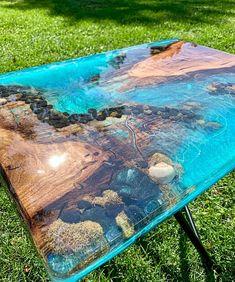 Epoxy Wood Table, Epoxy Resin Table, Diy Epoxy, Resin Table Top, Epoxy Resin Art, Diy Resin Art, Diy Resin Crafts, Kid Crafts, Resin Furniture