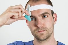 Method designs head-mounted display for surgeons.