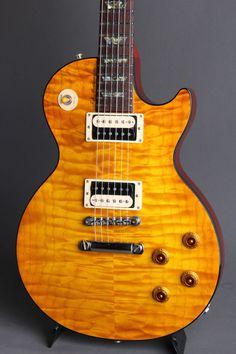 Gibson Les Paul, Les Paul Guitars, Guitar Pins, Guitar Collection, Gibson Guitars, Guitar Design, Vintage Guitars, Electric Guitars, Bass