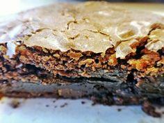 O delicioso interior do brownie de chocolate triplo, do Earl of Sandwich, que você pode experimentar em Downtown Disney.