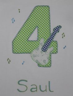 cocodrilova: camiseta de cumpleaños 4 años guitarra #camisetacumpleaños #camisetapersonalizada #cumpleaños #4años #hechoamano  camiseta-cumpleaños-4años-guitarra