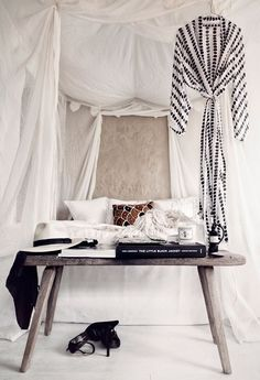 dreamy bedroom via honeypieliving