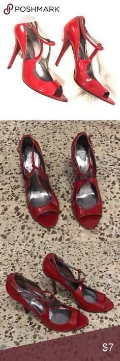 Guess High Heels Vibrant red heels! Ready to add a pop of color to any look. The heels do have some minor wear due to time in storage and some white scratches. Fit true to size. Guess by Marciano Shoes Heels