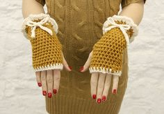 Adorable gloves!!!  Camel Fingerless Gloves with Ivory Ruffle READY TO by mojospastyle, $35.00