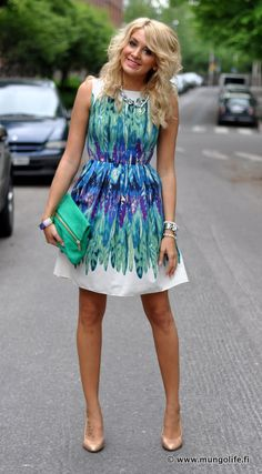 Painted Feather A-Line Shift Dress | Ranta Pallo