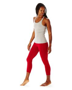 july 4th inspired asana outfit   hyde yoga dove taylor tank & crimson wren legging modeled by @glowpilot   available on www.yogahyde.com #hydeyoga #yogaclothes