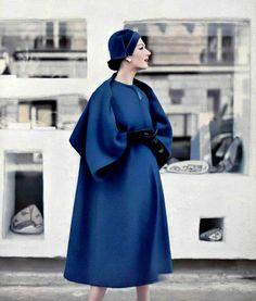 1957 Simone in roomy