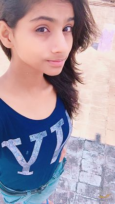 Girls Dp, Cute Girls, Girls Phone Numbers, Village Girl, Cute Couples Photos, Cute Girl Poses, Saree Look, Stylish Girl Pic, Simple Girl